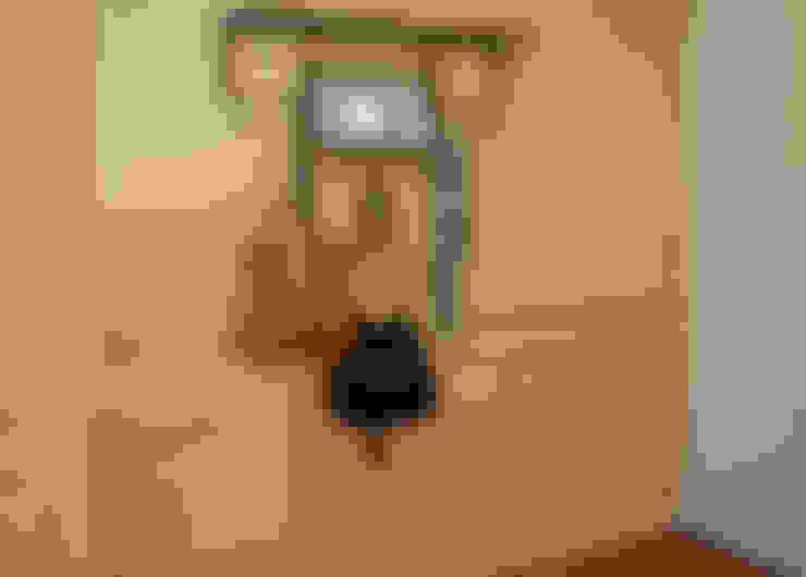 Koridor dan lorong by GUTMAN+LEHRER ARQUITECTAS
