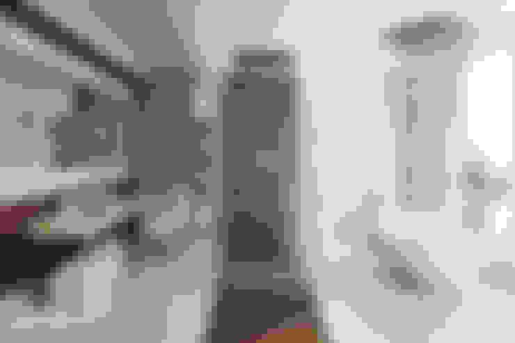 Bathroom by studioviro