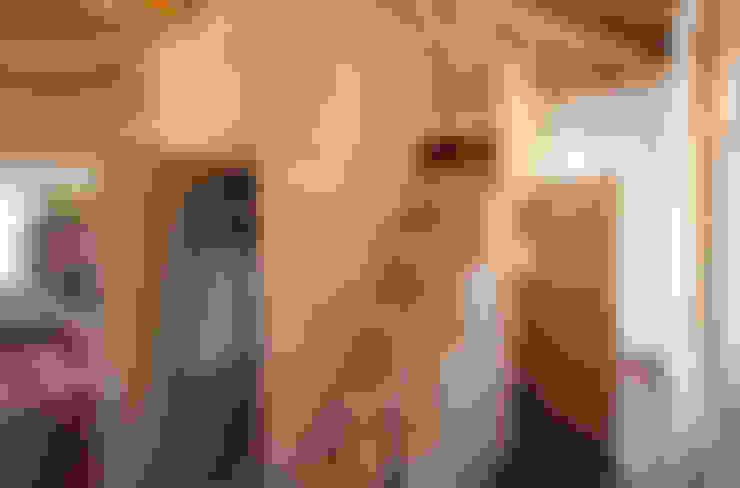 Projekty,  Korytarz, hol i schody zaprojektowane przez isabella maruti architetto