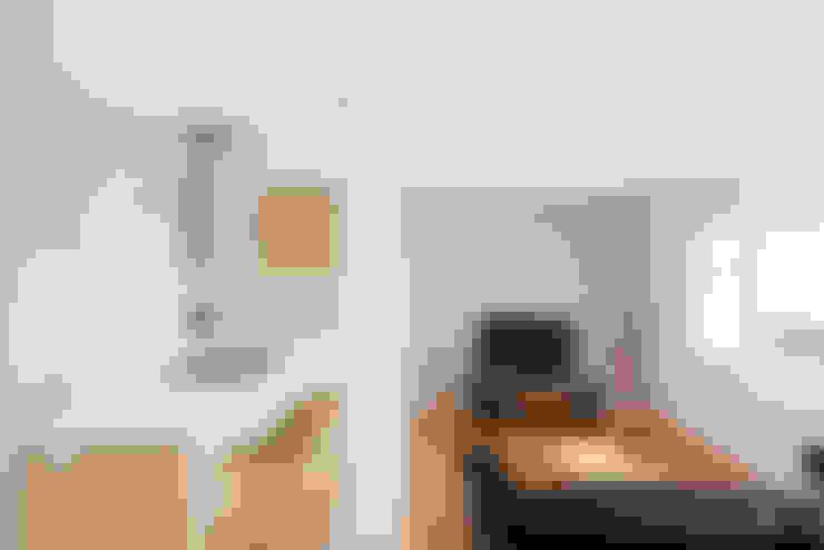 Kitchen by LF24 Arquitectura Interiorismo