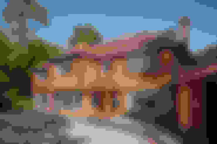 Дома в . Автор – LA Hally Architect