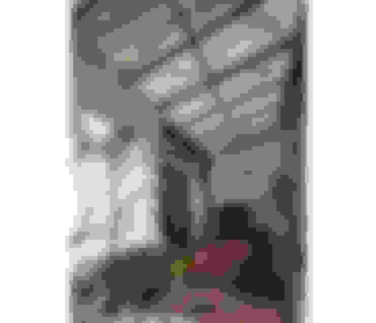Casa Silvia y Omar: Jardines de estilo  por IR arquitectura