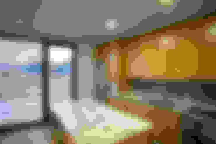 Casa de Moleiros: Cozinhas  por GRAU.ZERO Arquitectura