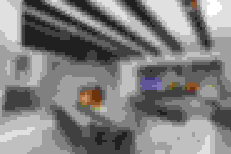 Salas / recibidores de estilo  por Juan Luis Fernández Arquitecto
