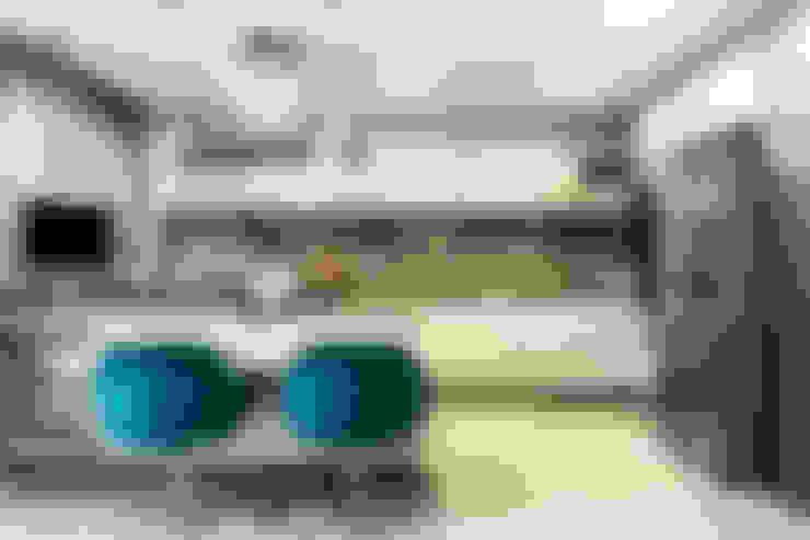 Apartamento Beiramar FL-2: Cozinhas  por KARINA KOETZLER arquitetura e interiores