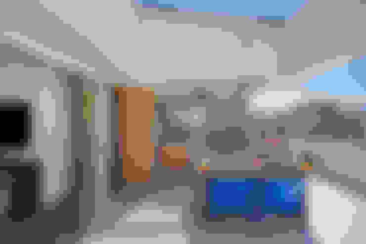 Terrazas de estilo  de Ana Adriano Design de Interiores