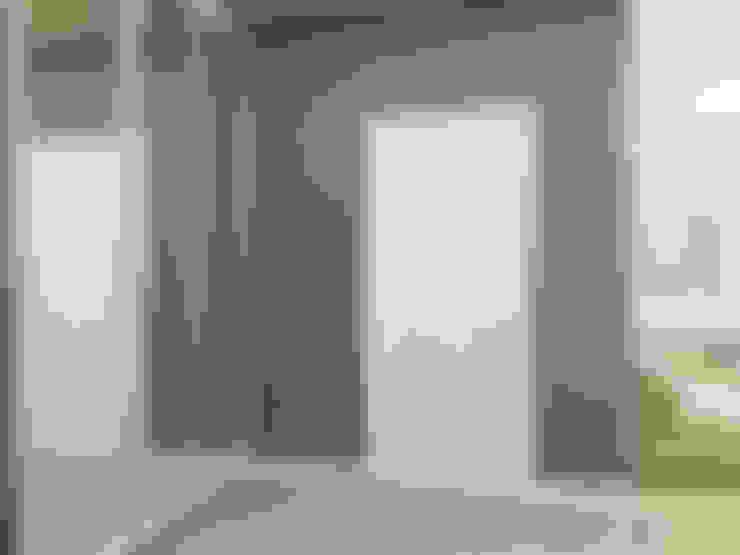 Pasillos y recibidores de estilo  por variatika