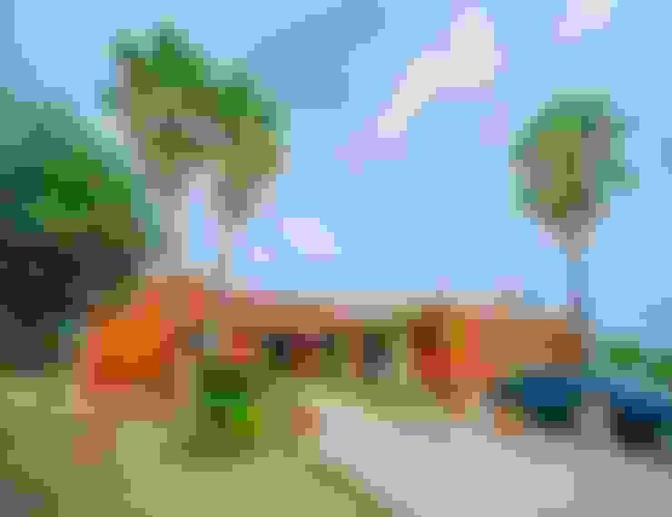 Casas  por Dolores Boix