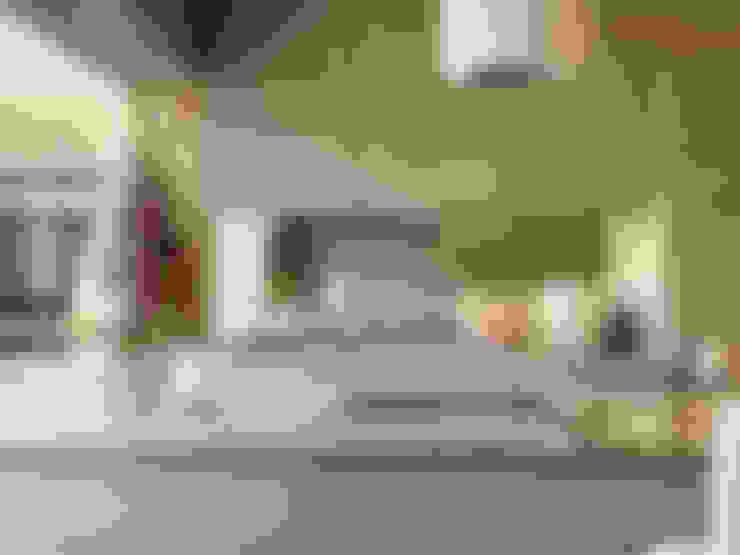 مطبخ تنفيذ Diane Berry Kitchens