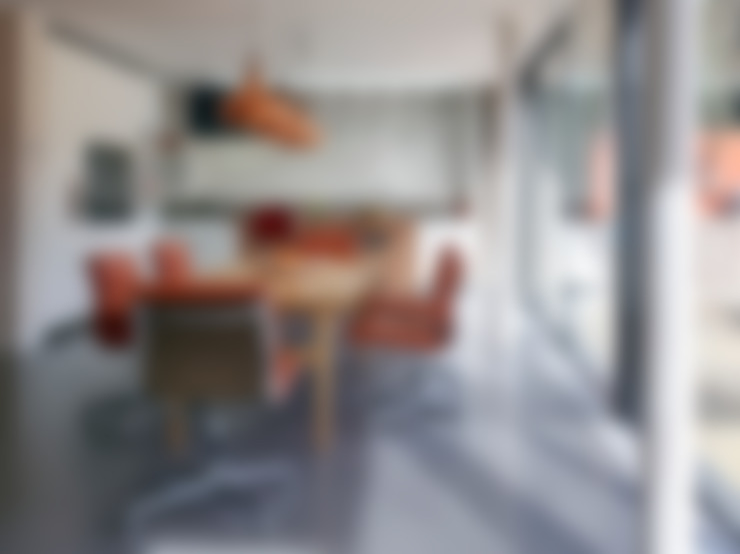 Aberdeen Park:  Kitchen by ReDesign London Ltd