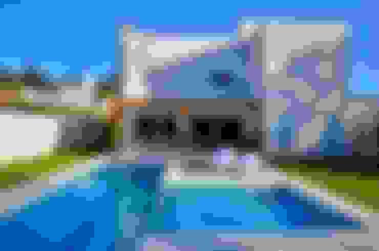 Área da piscina: Piscinas  por ARQ Ana Lore Burliga Miranda
