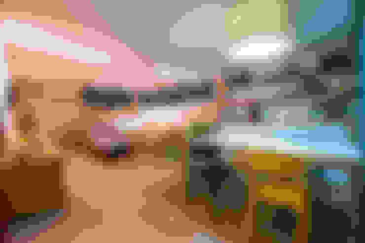 Habitaciones infantiles de estilo  por IE Arquitetura + Interiores