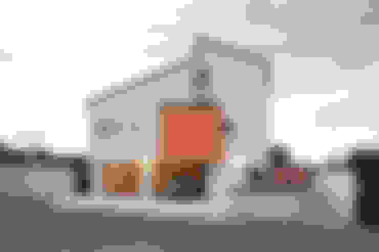 Garage/shed by 주택설계전문 디자인그룹 홈스타일토토
