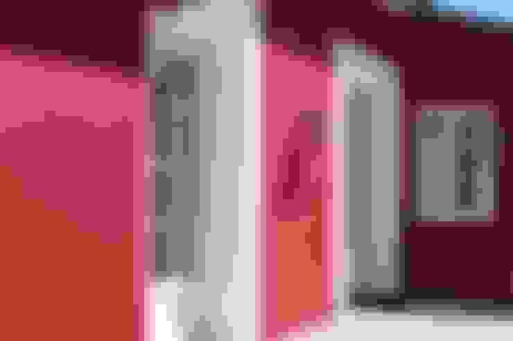 Casas de estilo  por Ad Hoc Concept architecture