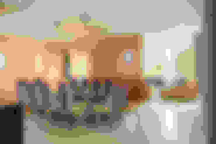 غرفة السفرة تنفيذ Saez Sanchez. Arquitectos