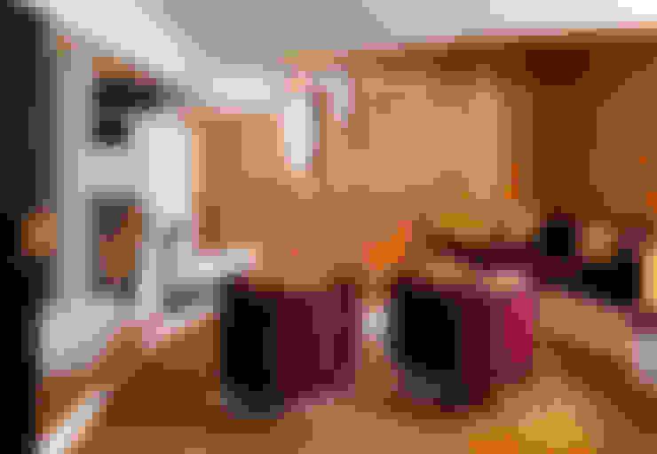 غرفة المعيشة تنفيذ Simon Gill Architects