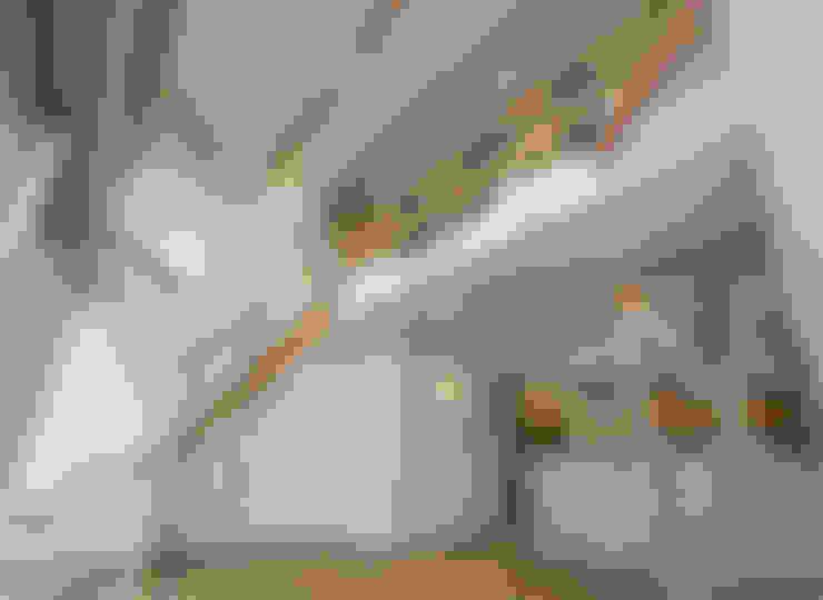 客廳 by 岡本建築設計室