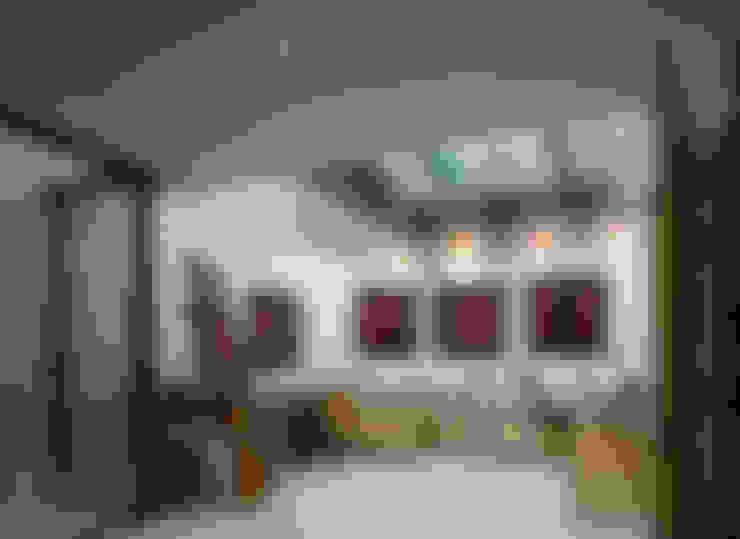 Study/office by Belsize Architects