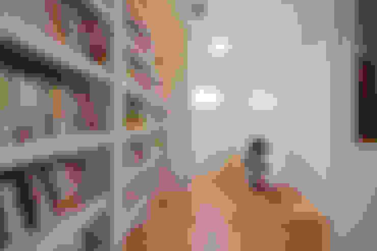 上新庄の家: haws建築設計事務所が手掛けた書斎です。