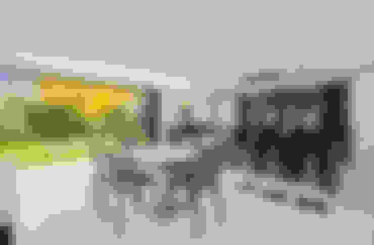 Salas de jantar  por Concept Eight Architects