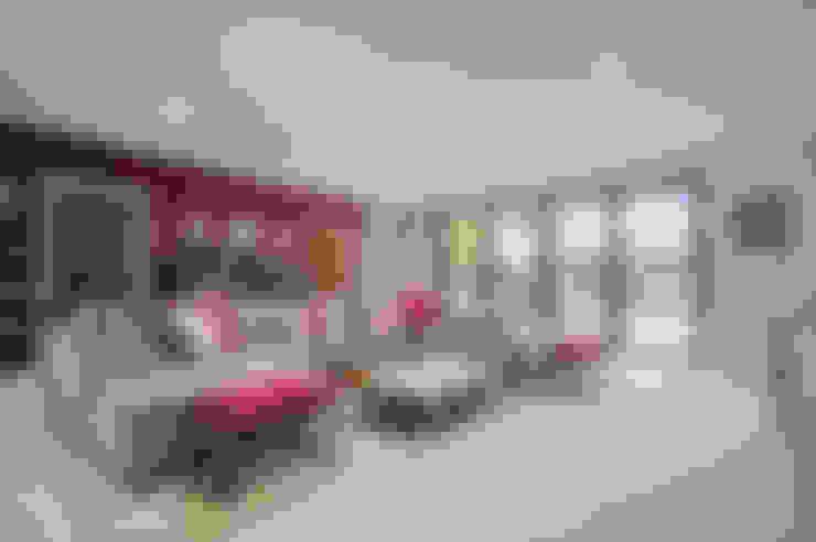 Salas de estar  por Concept Eight Architects