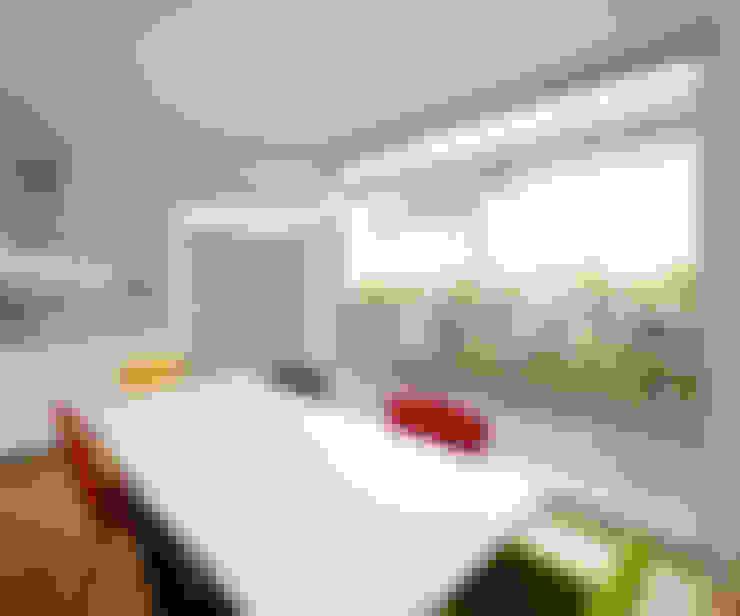 Marcus Hofbauer Architekt:  tarz Yemek Odası