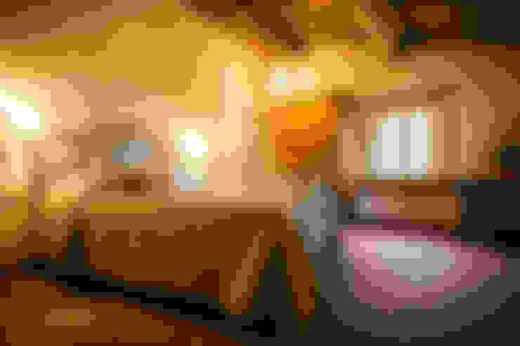 Studio Luppichini:  tarz Yatak Odası