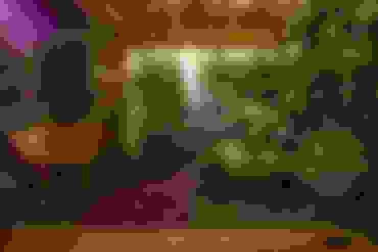 Jardins Permanentes: Jardins de inverno  por Junia Lobo Paisagismo