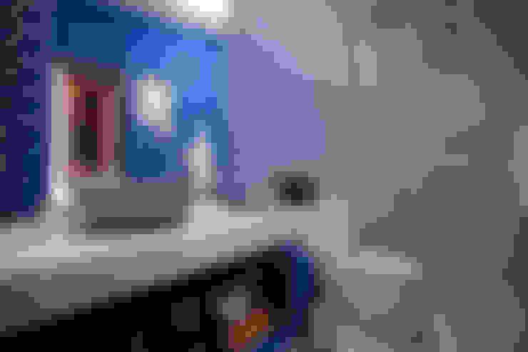 BANHO DA SUÍTE DO HOTEL BOUTIQUE - Morar Mais por Menos BH 2012: Banheiros  por Anna de Matos - Designer de Ambientes e Paisagismo