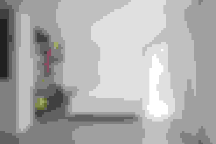 Bedroom by DER RAUM