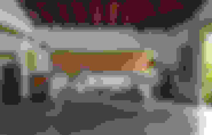 Salas / recibidores de estilo  por Vida de Vila