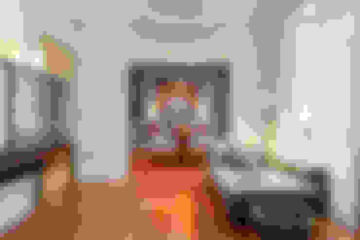 Salas de estar  por LAVRADIO DESIGN
