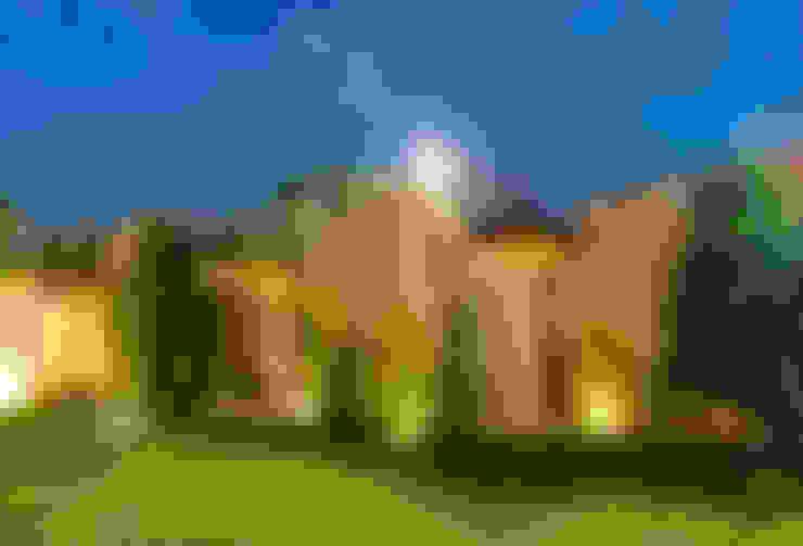 Huizen door r79