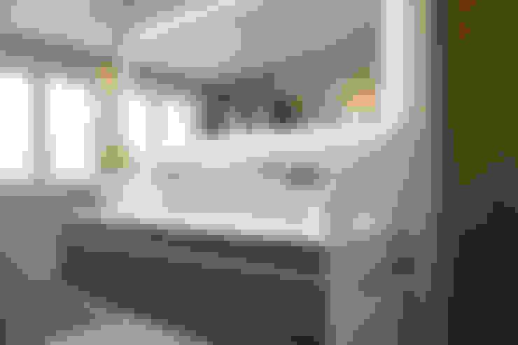 Baños de estilo  por MALMENDIER Innenarchitektur