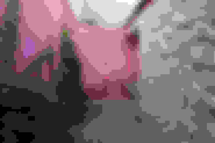 Jardines de estilo  por daniel rojas berzosa. arquitecto