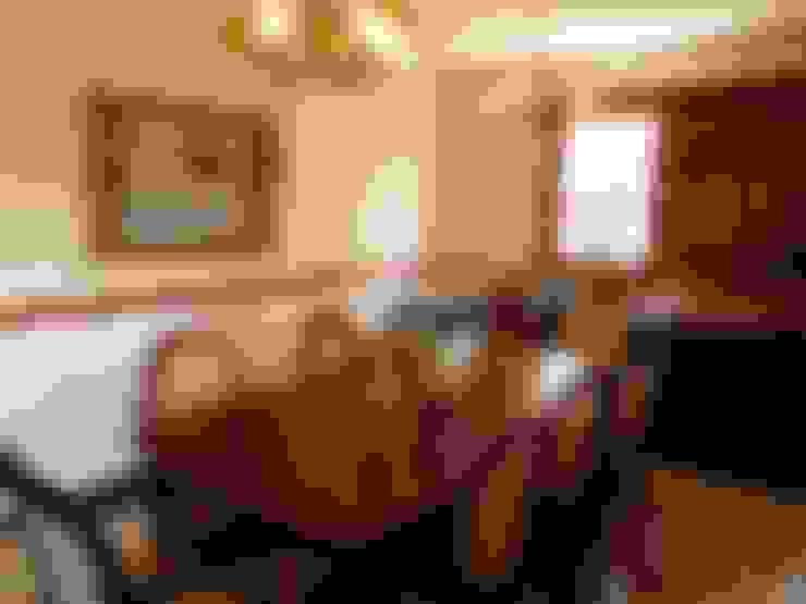 Sala de Jantar: Salas de jantar  por Eveline Sampaio Arquiteta e Designer de Interiores