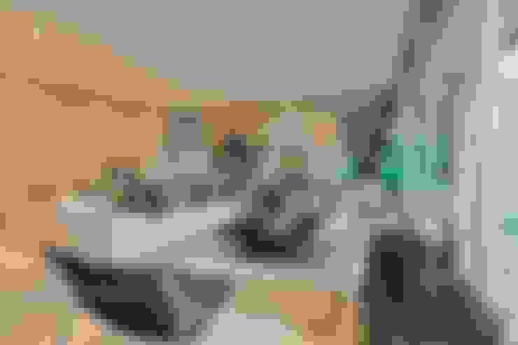 Living Room: Salas de estar  por Viterbo Interior design
