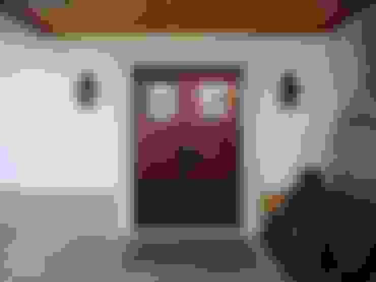 Ventanas de estilo  de Gabiurbe, Imobiliária e Arquitetura, Lda