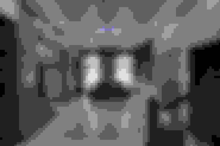 Столовые комнаты в . Автор – KREATIVE HOUSE