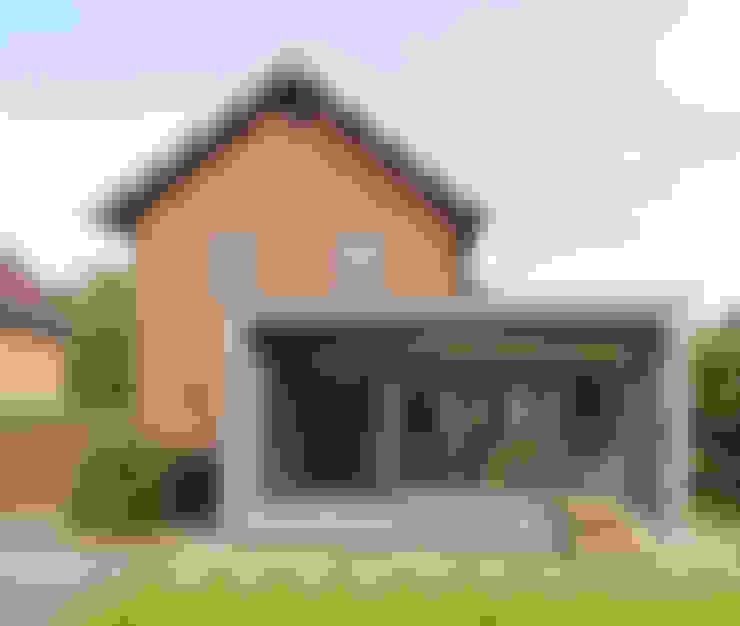 Renovatie en uitbreiding Jaren 50 woning:  Huizen door Newjoy concepts