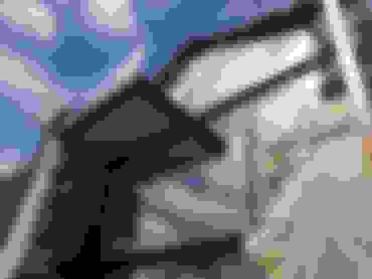 Jendela by Tagarro-De Miguel Arquitectos