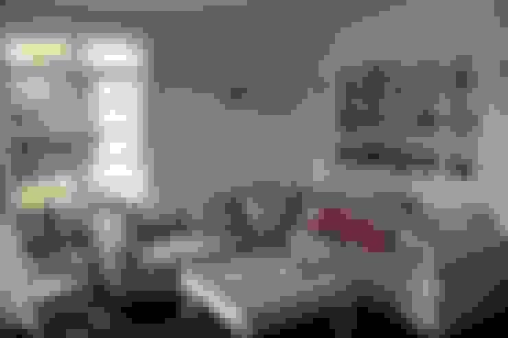 THE WHITE HOUSE american dream homes gmbh:  tarz Oturma Odası