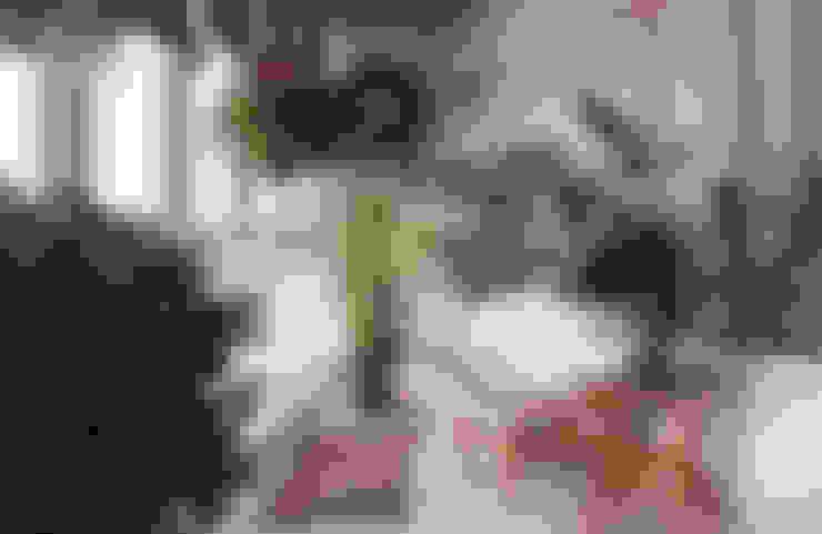 Jardines de invierno de estilo  de студия дизайна 'Крендель'