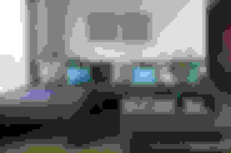 Salas multimedia de estilo  por MARIANGEL COGHLAN