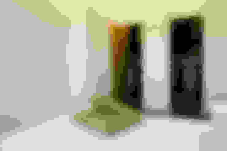 Dressing room by Laboratorio di Progettazione Claudio Criscione Design