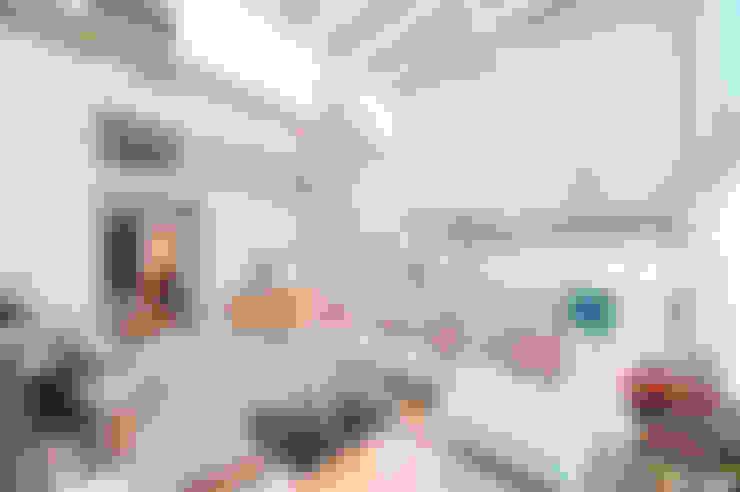 Salas / recibidores de estilo  por lluiscorbellajordi