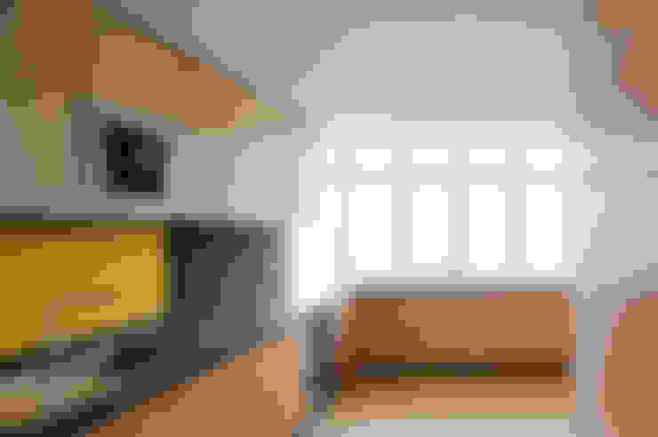 Apartamento V.F.:   por SAMF Arquitectos