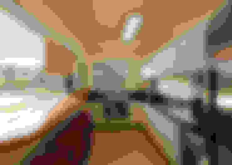 Casa Guaecá : Cozinhas  por Conrado Ceravolo Arquitetos