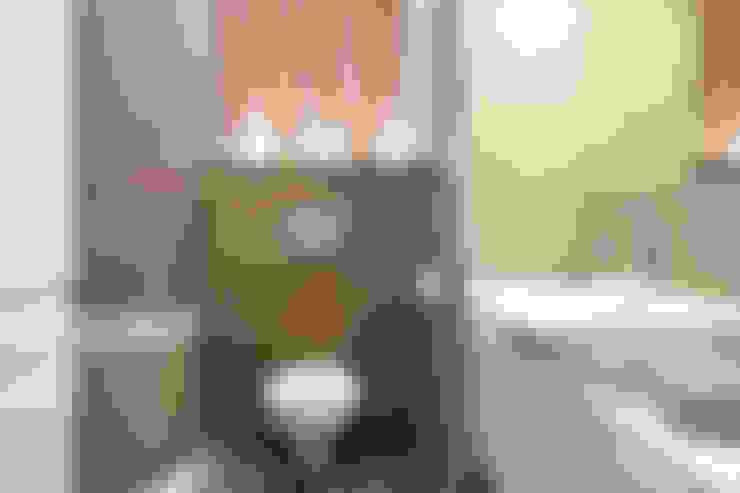 Ванные комнаты в . Автор – IDAFO projektowanie wnętrz i wykończenie