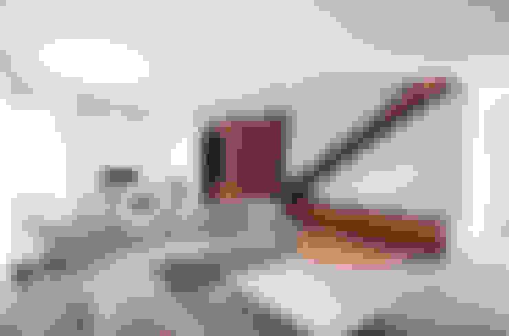 Salas de estilo  por EXiT architetti associati